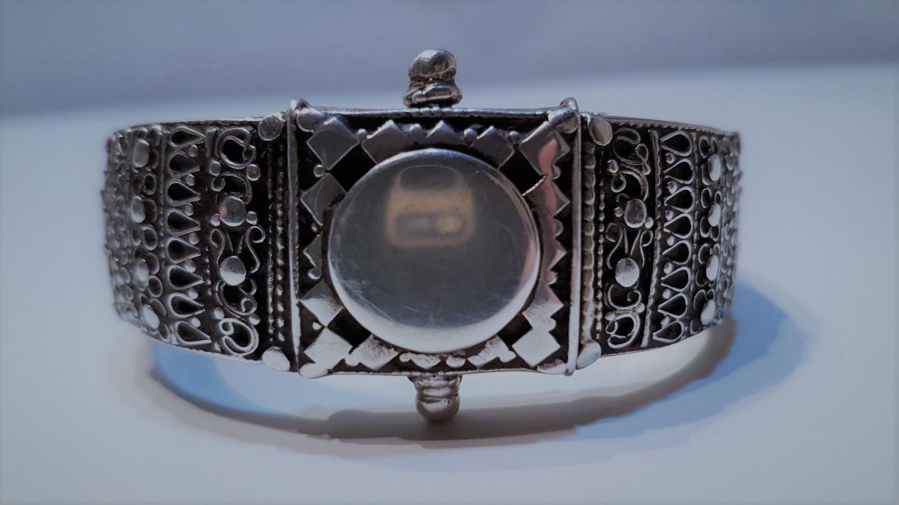 Серебряные изделия: литье