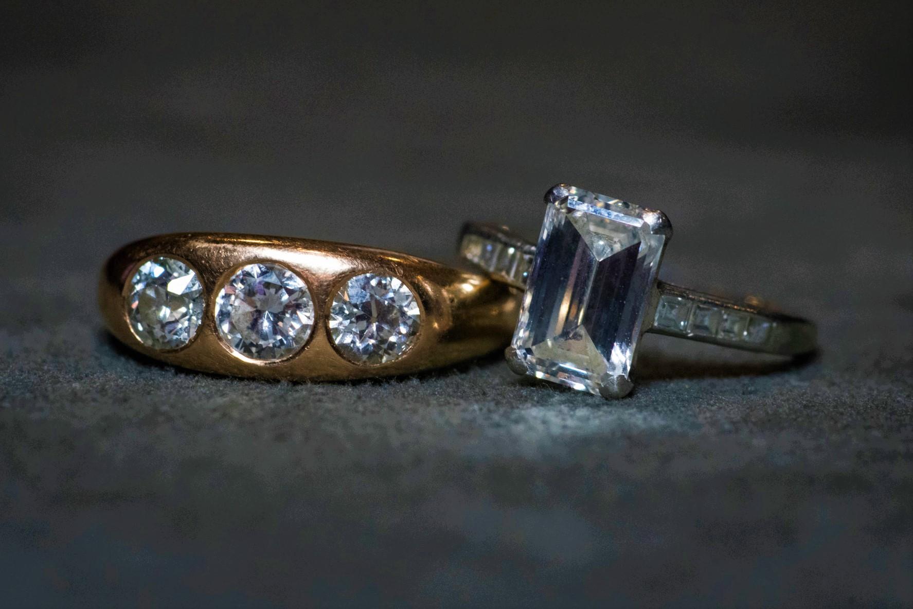Продать кольцо с бриллиантом: выкуп на выгодных условиях